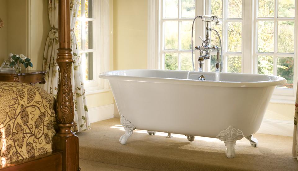 baignoire a pied interesting baignoire fonte pied. Black Bedroom Furniture Sets. Home Design Ideas