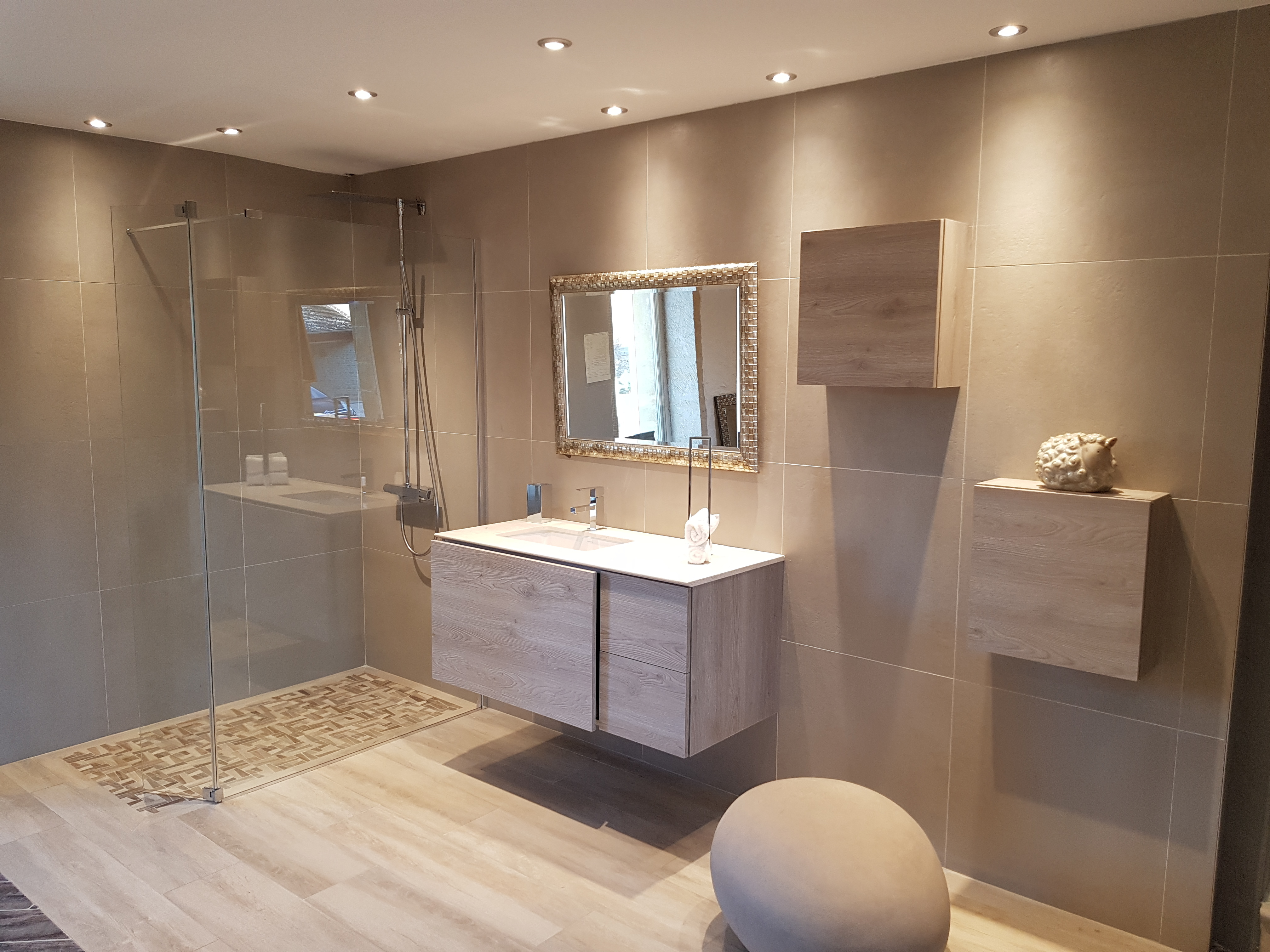 Salle De Bain Grand Carrelage Of Carrelage Aspect Parquet Nivault