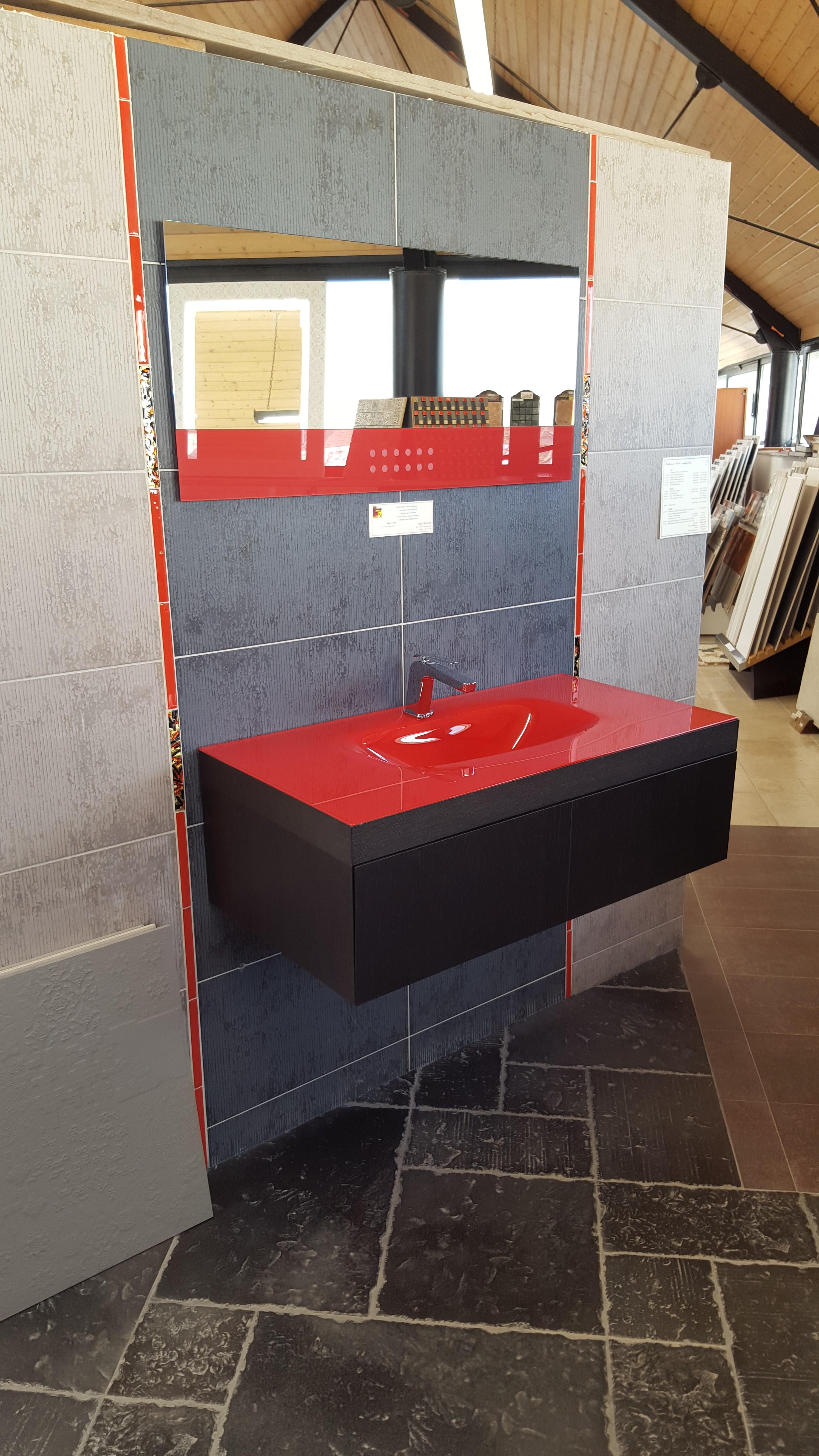 Meuble vasque salle de bain retro for Meuble de salle de bain chez but