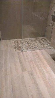 Carrelage aspect parquet nivault - Carrelage imitation parquet pour salle de bain ...